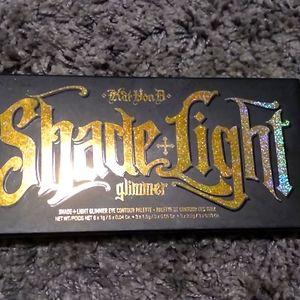 Kvond shade light glimmer palette
